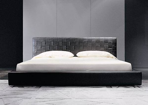 Minotti bed-BARTLETT-1