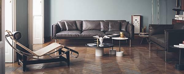 Cassina sofa 202 8-01