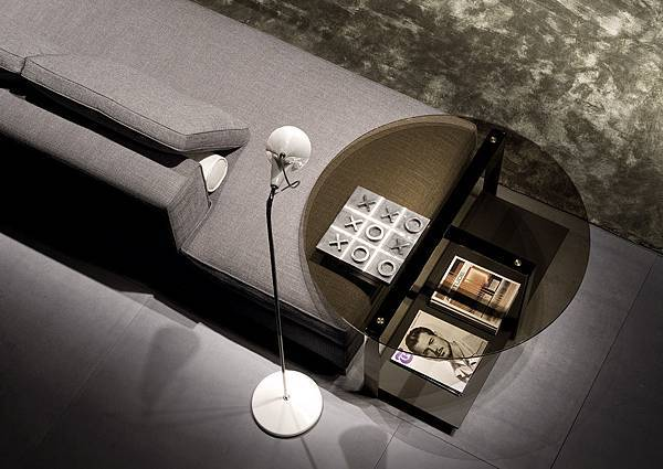 Minotti sofa-Williams-04