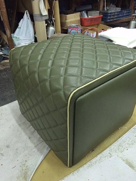 康康訂製家具-成品-參考Minotti Ashley腳椅-4