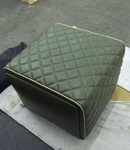 康康訂製家具-成品-參考Minotti Ashley腳椅-3