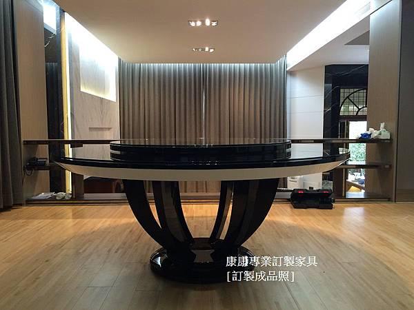 餐桌-1.JPG