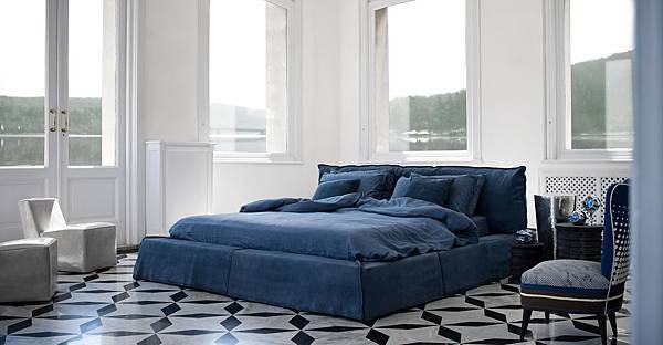Baxter Paris bed-1.jpg