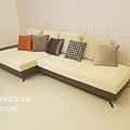 white sofa-4