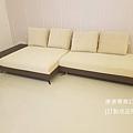 white sofa-1