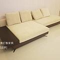 white sofa-3
