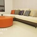 white sofa-6