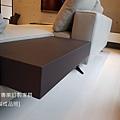 White款型沙發-9