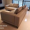 White款型沙發-8