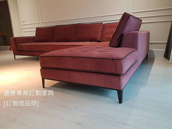 Lucrezia款型布沙發-10