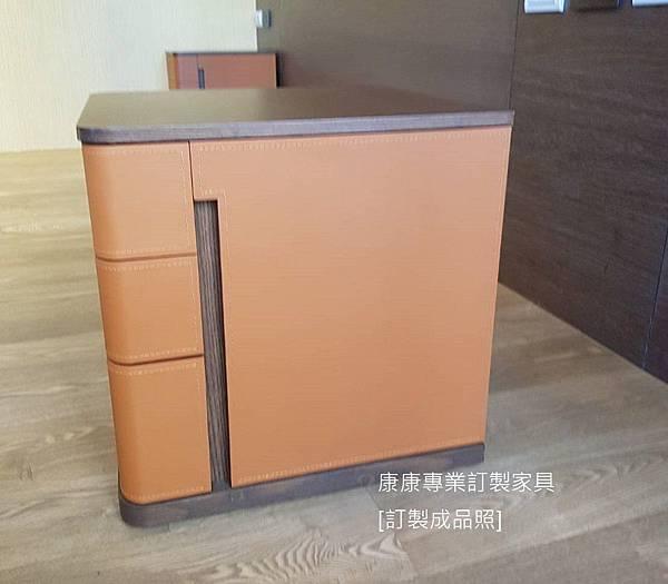 Fidelio款型床頭櫃-7.jpg