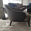 Minotti LESLIE款型主人椅-2.jpg