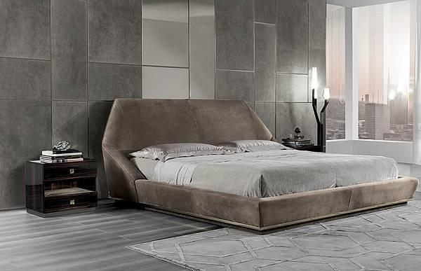 Longhi bed YUME_1.jpg