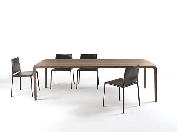 Riva 1920 table_Sleek_1.jpg