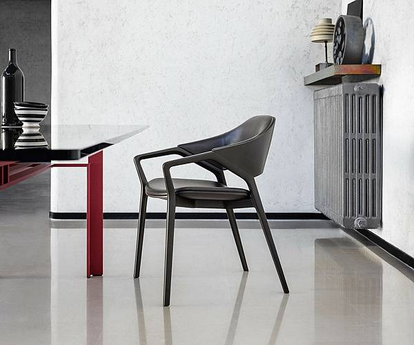 Cassina餐椅 ico-1.jpg