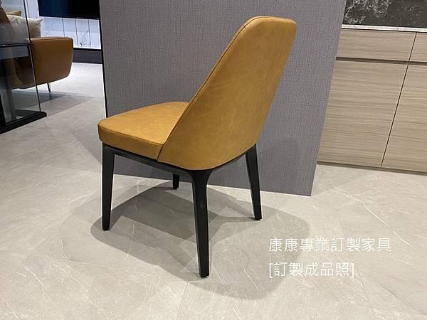 Sophie餐椅-3.jpg