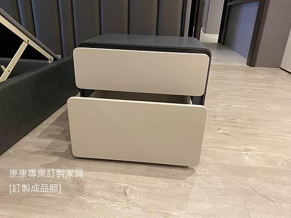 Ice床頭櫃W60-6.jpg