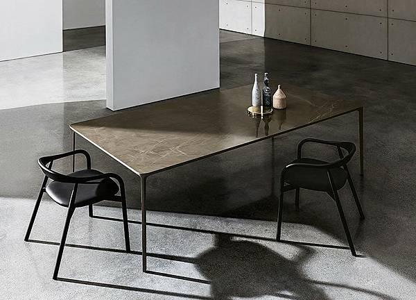 SOVET 餐桌Slim-4.jpg