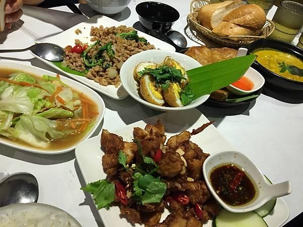 曼谷魚_180909_0002.jpg
