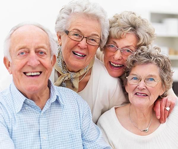 外籍幫傭看護-老年人相處