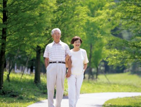 銀髮族退休生活-當快樂銀髮族