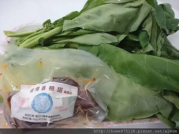 芥蘭菜炒牛腱的食材