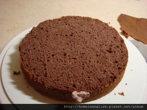 巧克力戚風蛋糕切開