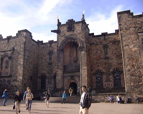 Edinburgh Castle-12.JPG