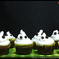Ghouly Cupcake .jpg