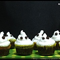 Ghost Family Cupcake.jpg