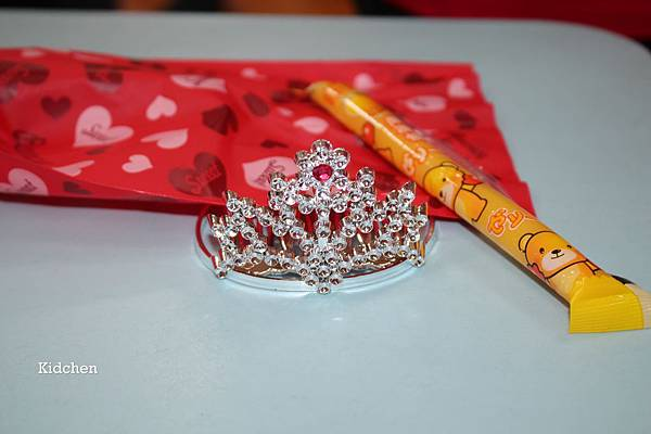 Goodie Bag- Tiara.jpg