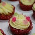 Pearl Cupcake.jpg