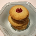 Raspberry Thumbprint Cookies 2.jpg