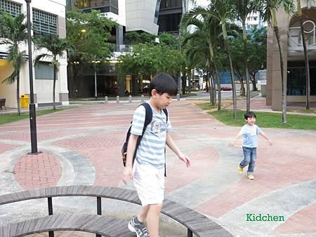 Singapore River Side 5.jpg