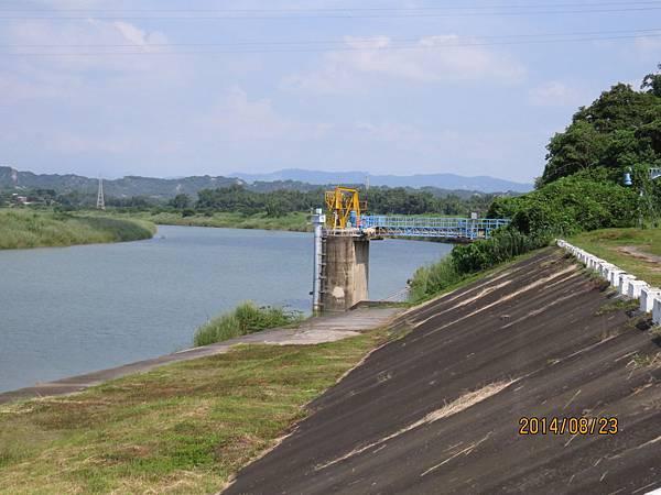 玉峰堰取水口