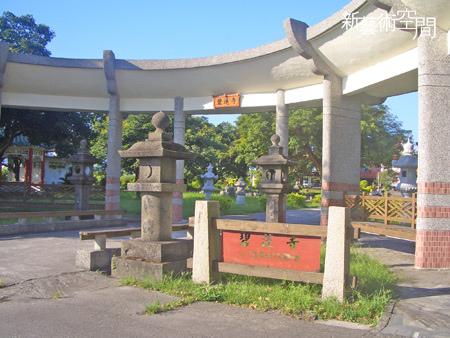 碧蓮寺門口.jpg