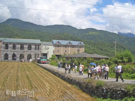 走進田中的大房子.jpg