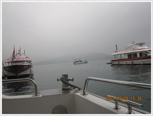 日月潭遊湖船上