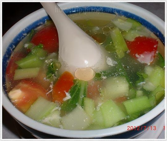 蕃茄青菜豆腐湯