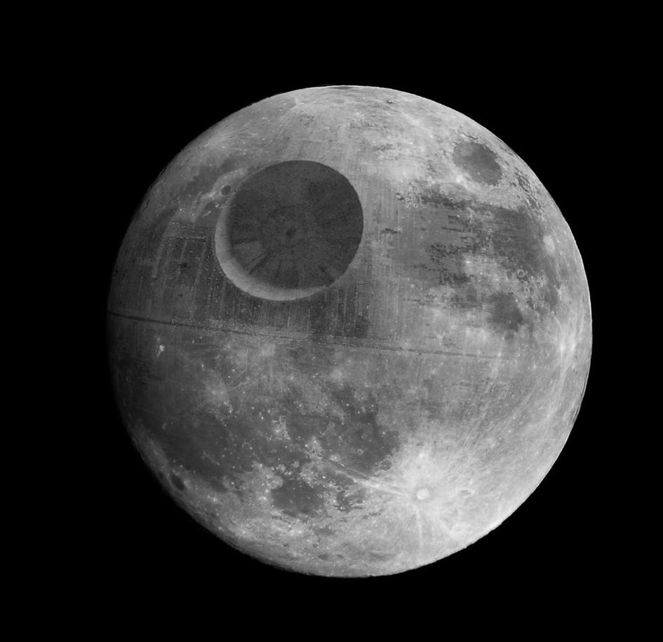 月亮是史前星艦