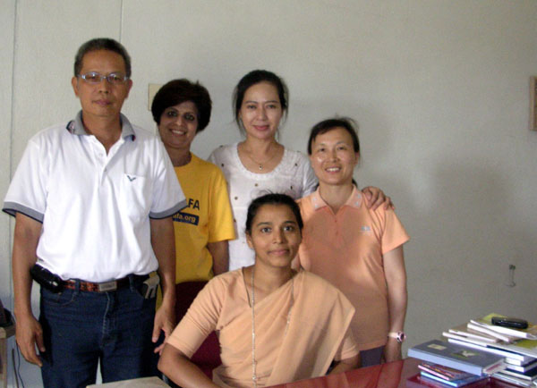 印度學校的校長與教師