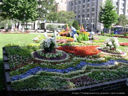 札幌 大通公園 花圃競賽作品1.jpg