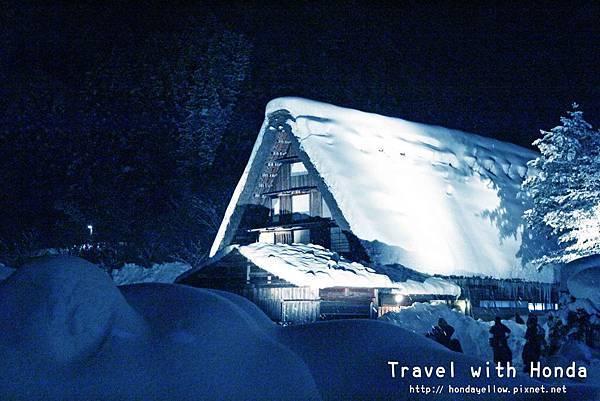 日本白川鄉合掌村點燈