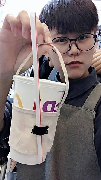 自己DIY做手拿杯飲料提袋-成品