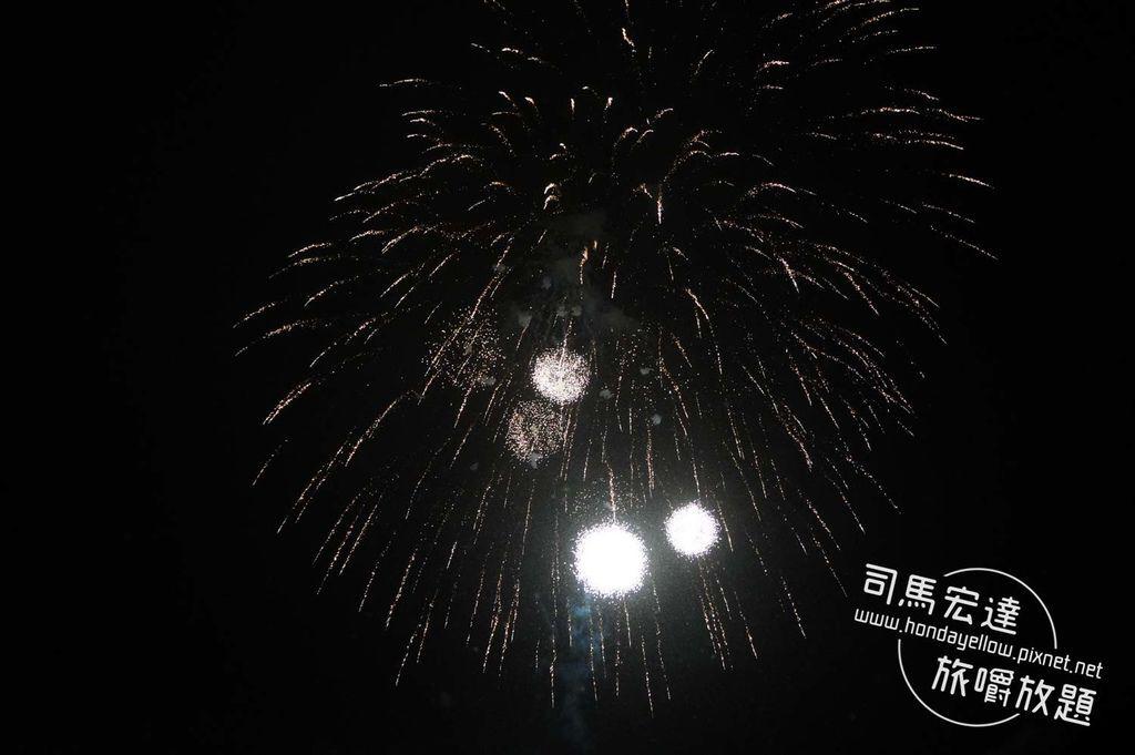 日本跨年初體驗-野澤溫泉滑雪場煙火+湯澤神社初詣-6.jpg