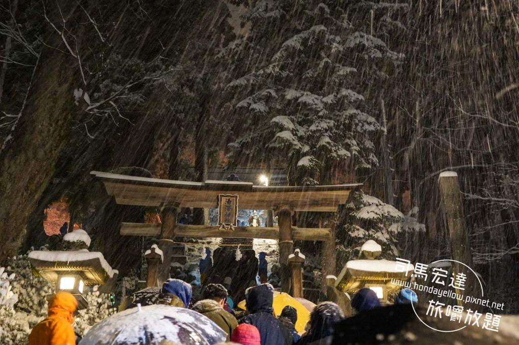 日本跨年初體驗-野澤溫泉滑雪場煙火+湯澤神社初詣-14.jpg