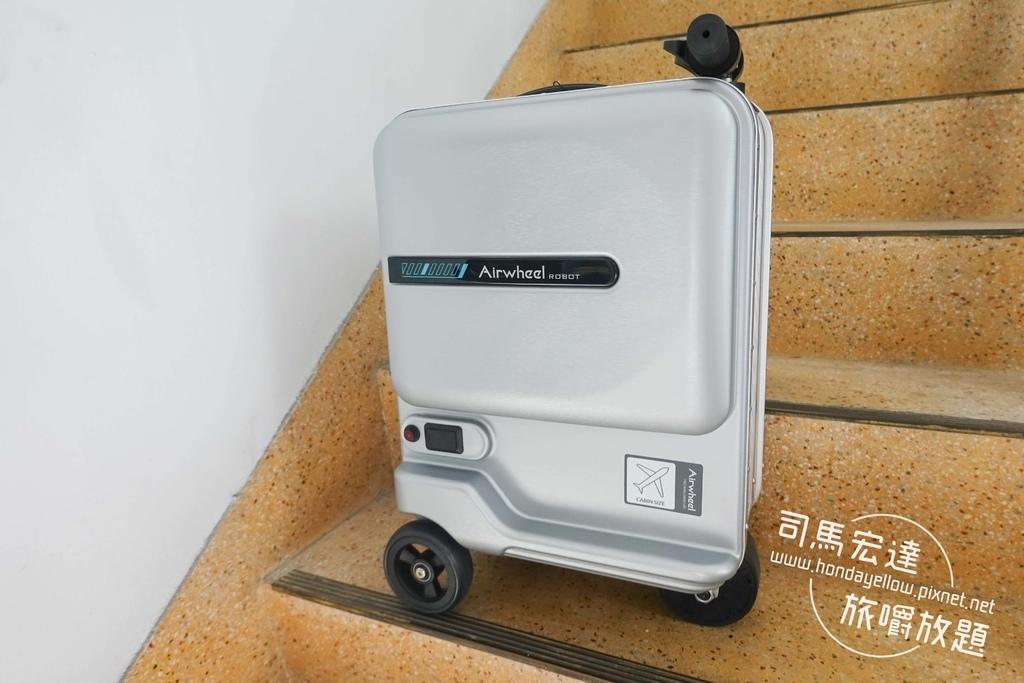 Airwheel-SE3-mini 騎行拖拉二用智能行李箱電動車.行李箱二合一-22.jpg