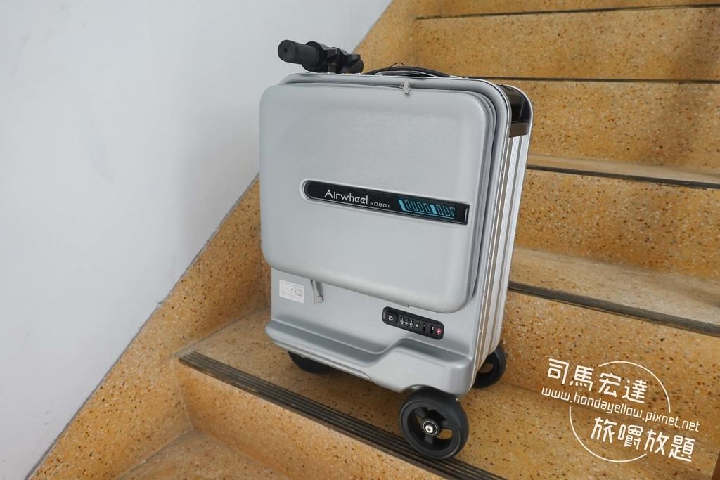 Airwheel-SE3-mini 騎行拖拉二用智能行李箱電動車.行李箱二合一-26.jpg