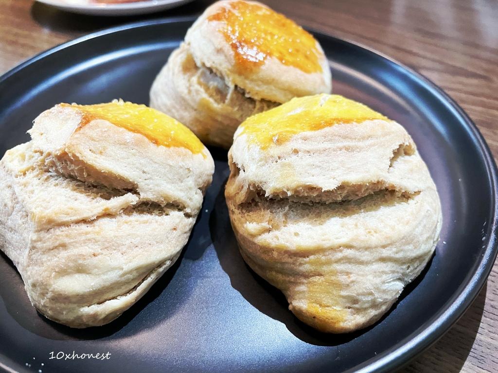 石碇小野Lisa咖啡|半露天戶外咖啡廳,香蕉巧克力鬆餅給料不手軟,整條芭娜娜都給你!
