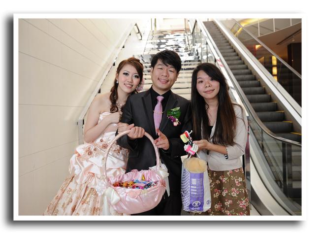 哈妮熊幸福婚禮規劃顧問自助婚紗結婚婚禮情報佈置創意主持樂團求婚生日派對新娘保養